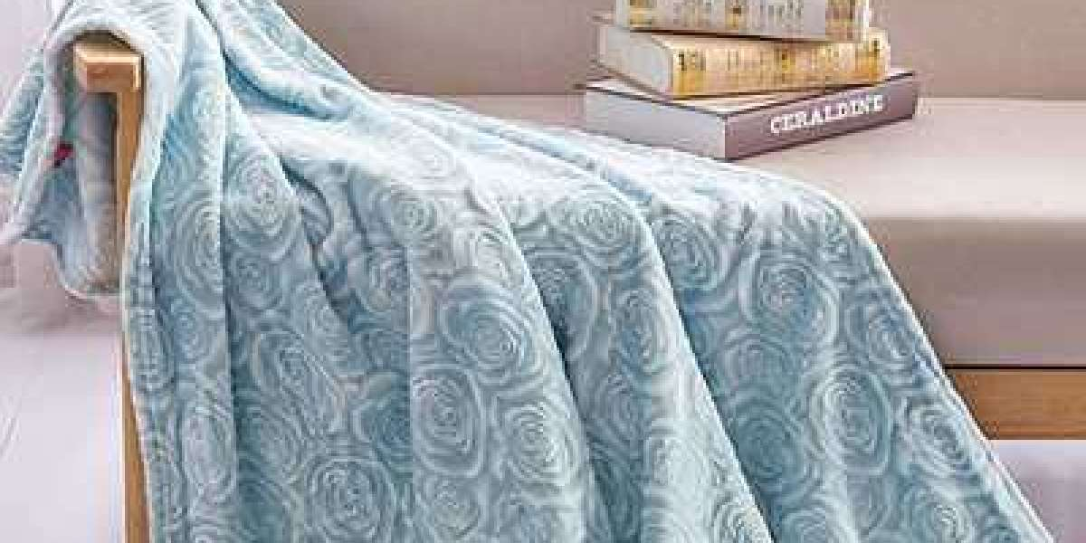Understand The Product Performance Of Polyester Flannel Fabric Manufacturer