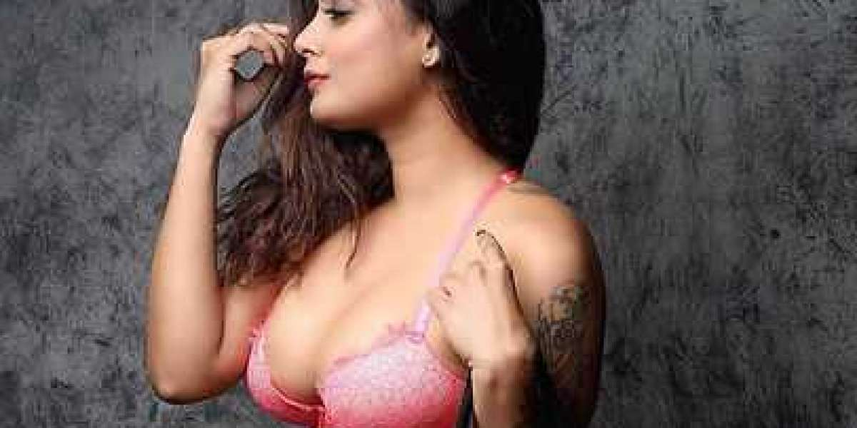Enjoy Your Time with Hot and Sexy Hyderabad College Girls
